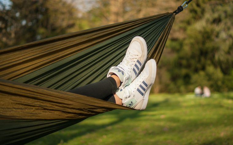 Sneakers femme 2020, Adoptez la mode Sneakers pour 2020